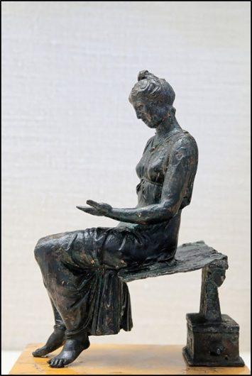 Giovinetta intenta alla lettura, bronzo del I sec., Cabinet des médailles, Bibliothèque nationale de France, Paris